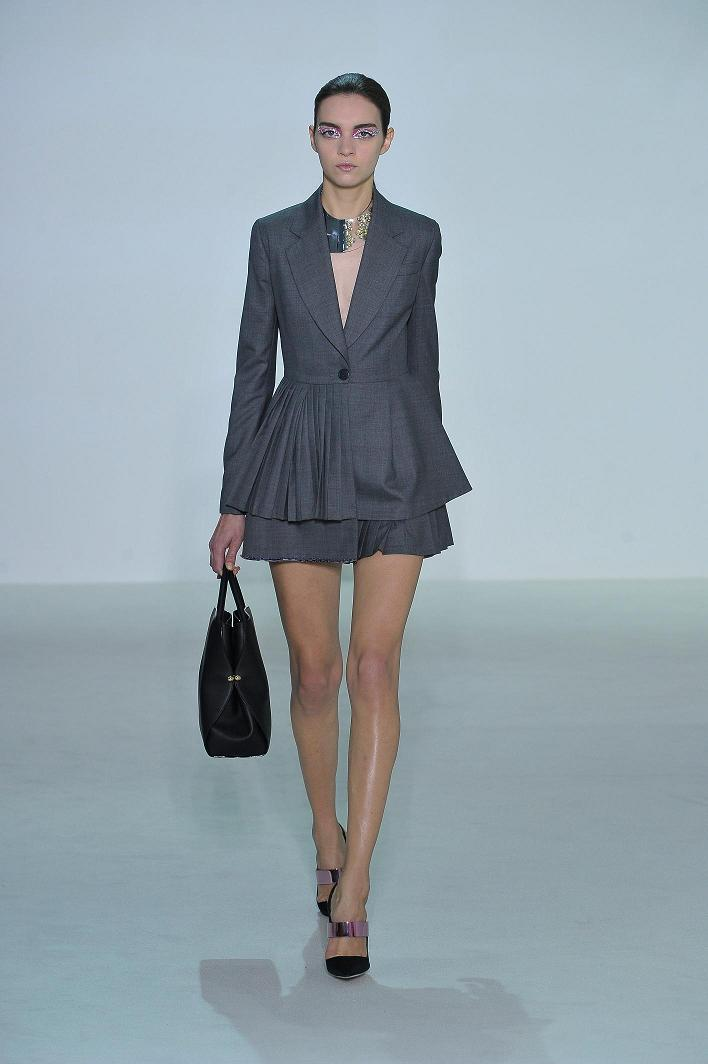 1.-Dior