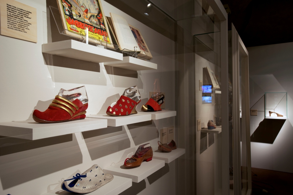 SF - The Amazing Shoemaker Exhibition4